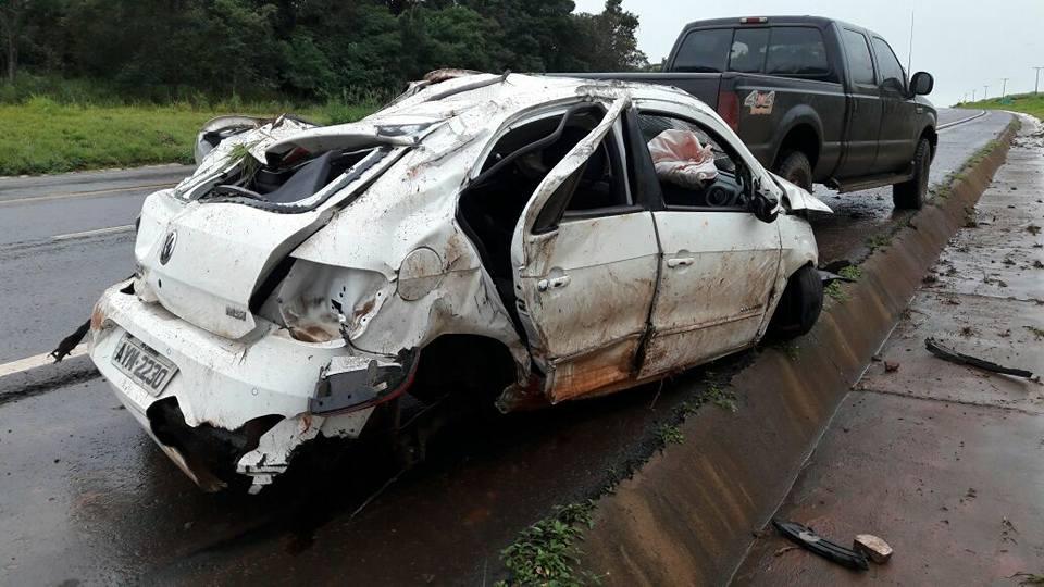 Helicóptero do Samu de Maringa resgata vítima de acidente na BR-487