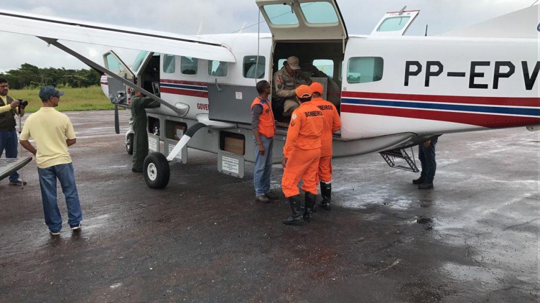 Avião do GRAESP sendo utilizado na distribuição de vacinas.