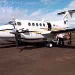 Paciente é levada de Apucarana para hospital em Curitiba em avião-UTI