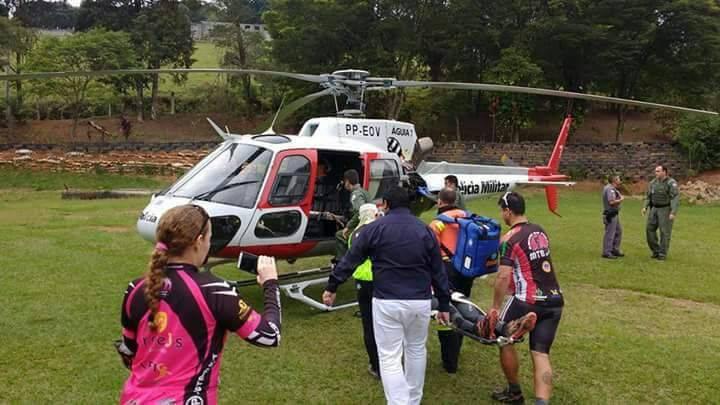 Águia 07 resgata ciclista em Jacareí e recebe agradecimento dos participantes