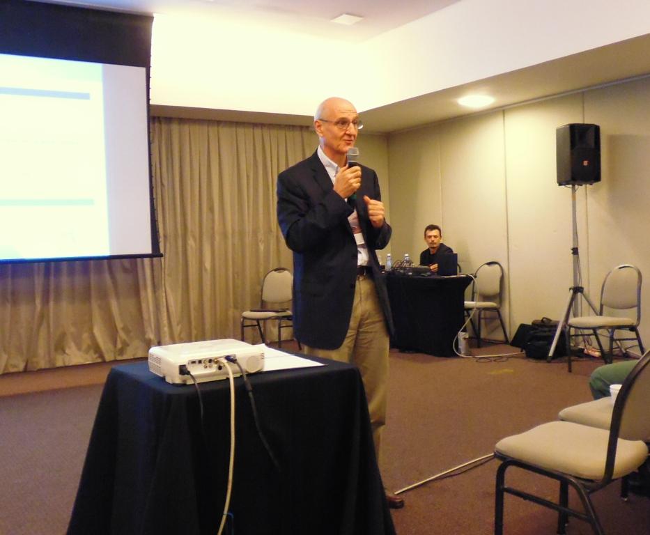 François Haas, presidente da Safran no Brasil, encerrando o evento: Foto: Eduardo Alexandre Beni.