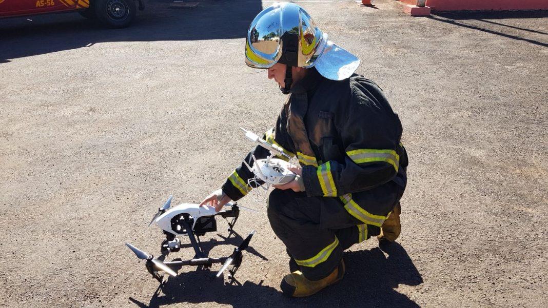 1º Tenente Eduardo Tracz, responsável pela operação do drone.