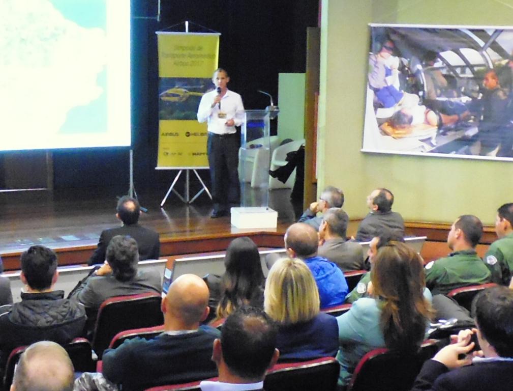 Comandante Egon Buttner da empresa de Táxi Aéreo Omni Brasil. Foto: Eduardo Alexandre Beni.