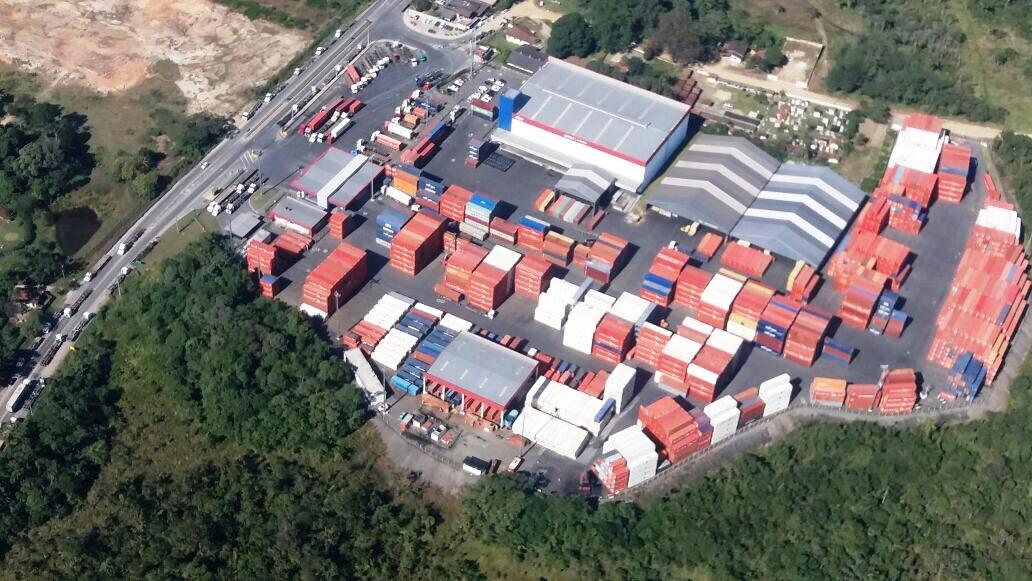 Refeita Federal realiza ação de fiscalização de terminais aduaneiros, armazéns de carga e imóveis. Foto: Divulgação DIOAR.
