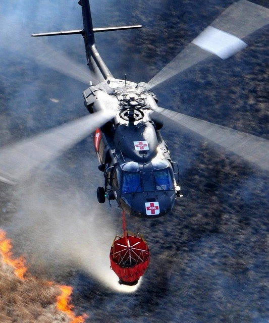 Black Hawk Combate a incêndio