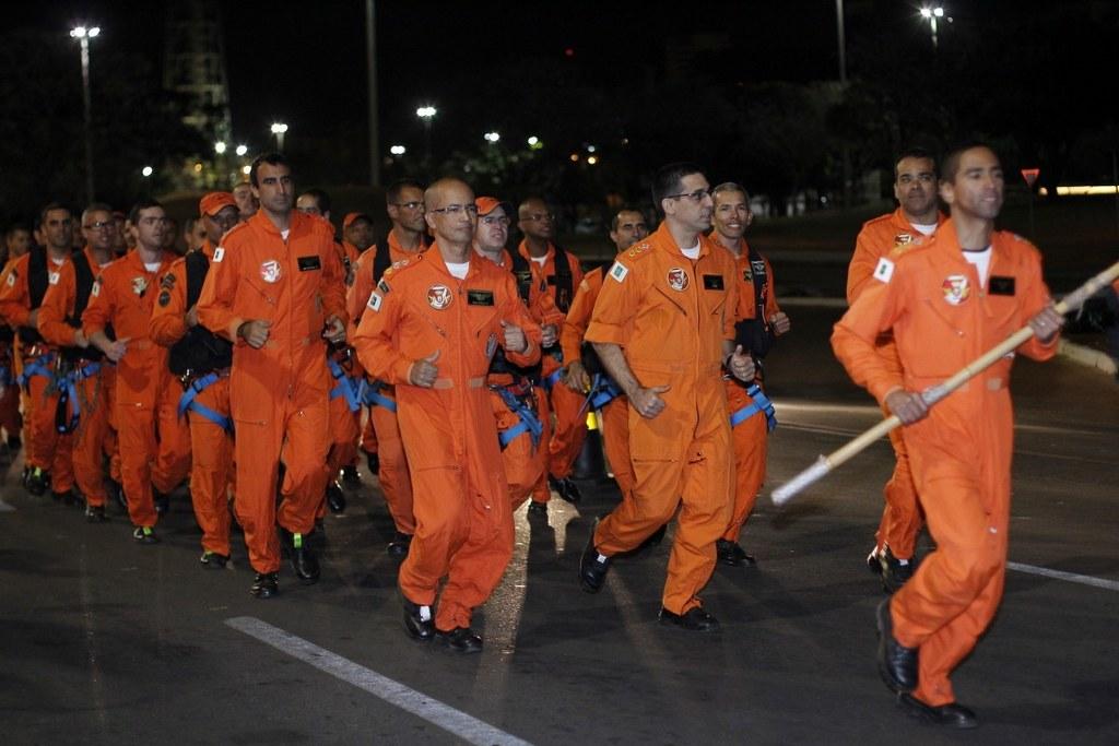 Grupamento de Aviação Operacional é homenageado na 27 ª Corrida do Fogo