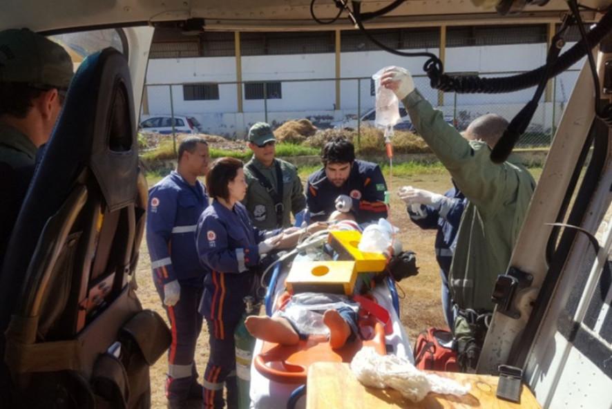 Ciopaer resgata vítima de acidente em estrada. Foto: Olhar Direto