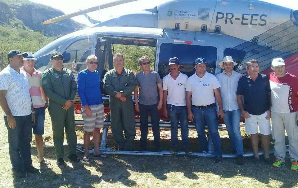 Helicóptero da Ciopaer transporta cisternas para comunidades isoladas de Choró