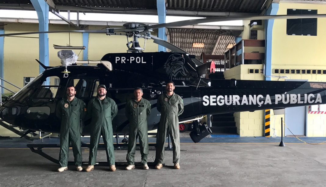 "Pilotos da Polícia Federal realizam ""Ground School"" da aeronave AS350 (Esquilo)"