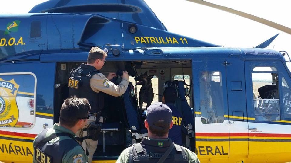 Bell 412EP utilizado pelo DOA/PRF e que agora permanece no solo por falta de recurso orçamentário.