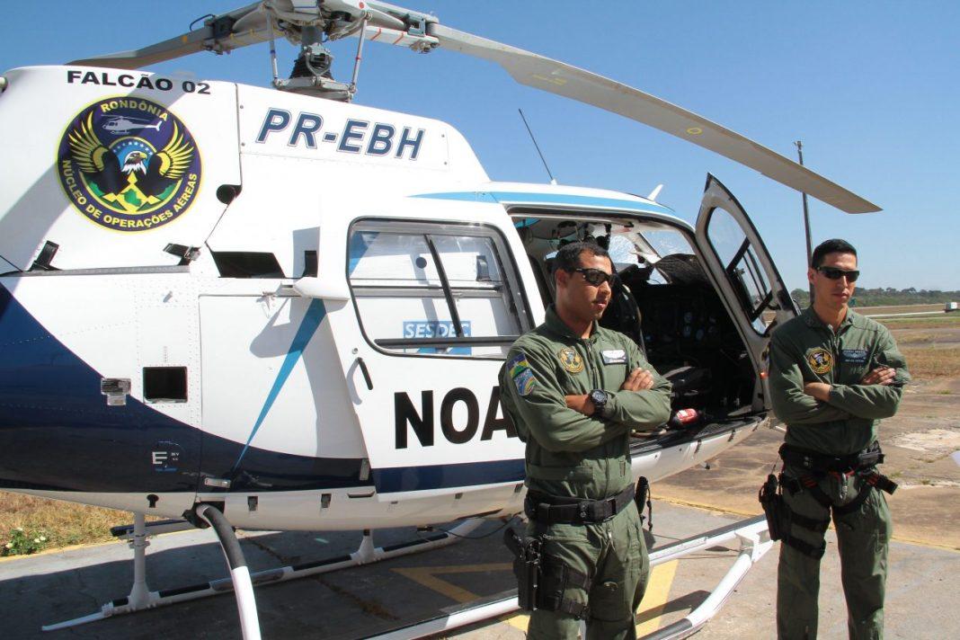 Sargento Aguiar e soldado Souza são tripulantes formados em Pernambuco e no Distrito Federal, respectivamente.