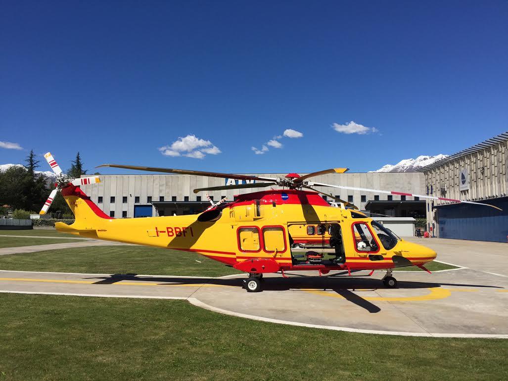 Novo helicóptero Leonardo AW169 HEMS (Helicopter Emergency Medical Service).