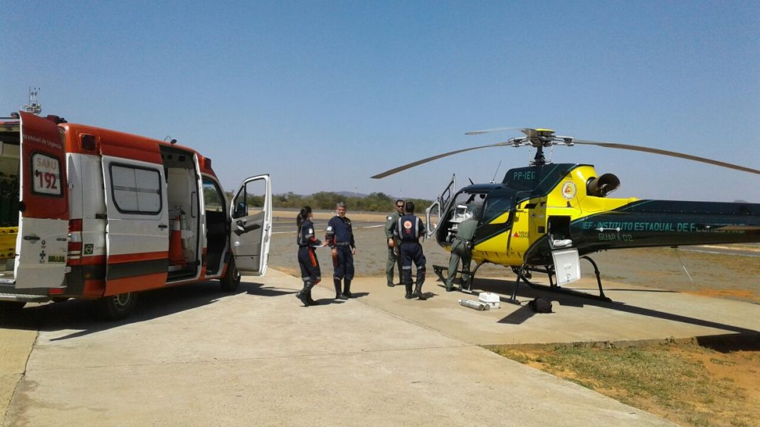 Mais um transporte aeromédico é realizado pela Base Regional de Aviação de Montes Claros. Foto: Divulgação COMAVE.