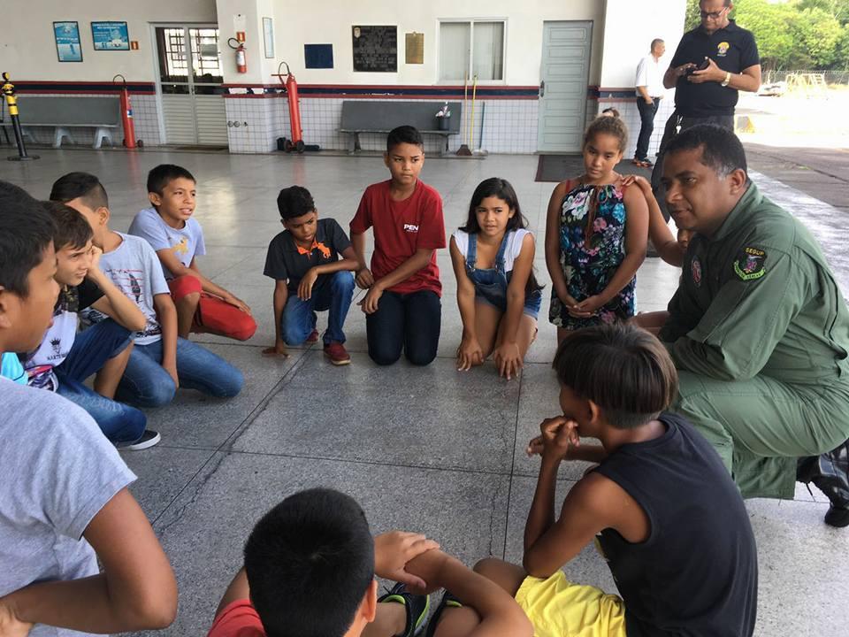 """GRAESP recebe visita de adolescentes do Projeto """"Amigos da Segurança"""". Foto: Divulgação."""