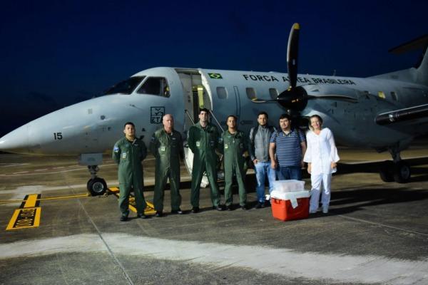 Esquadrão Tracajá e Esquadrão Cobra realizam o transporte de um fígado