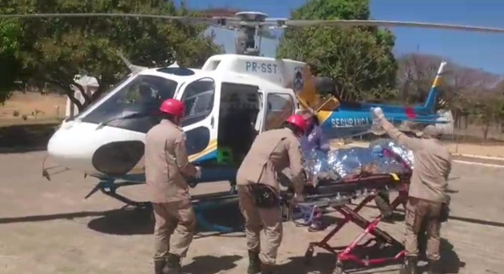 Helicóptero do CIOPAER/TO resgata feridos em acidente no Mirante de Taquaruçu