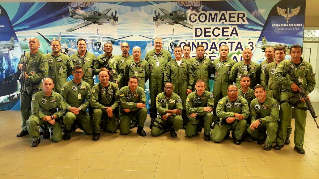 Pilotos, tripulantes operacionais, mecânicos e equipes de apoio solo do GTA/SE participaram de palestras realizadas pelo DTCEA/Aracaju.