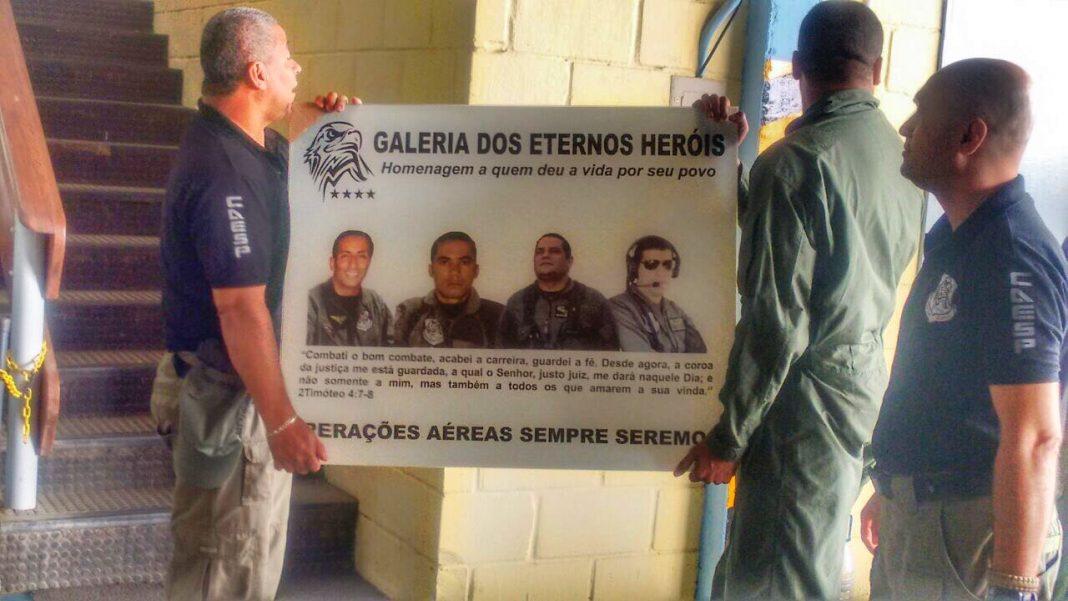 Grupamento Aéreo homenageia militares mortos em acidente com helicóptero Falcão 02