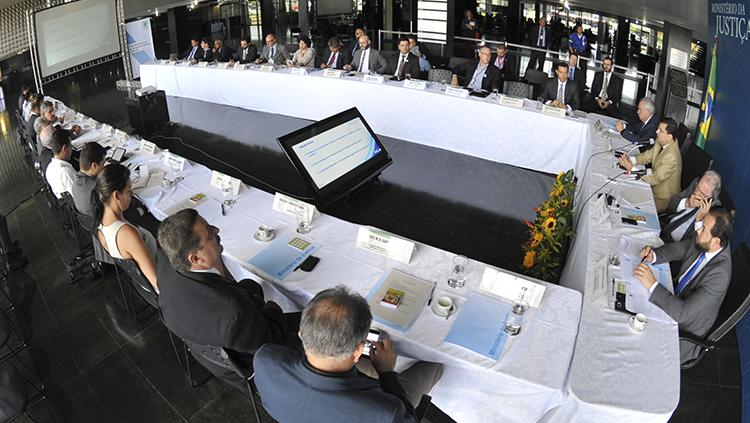 Reunião do Conselho Nacional de Segurança Pública em 02/2017. Foto: Isaac Amorim/MJSP