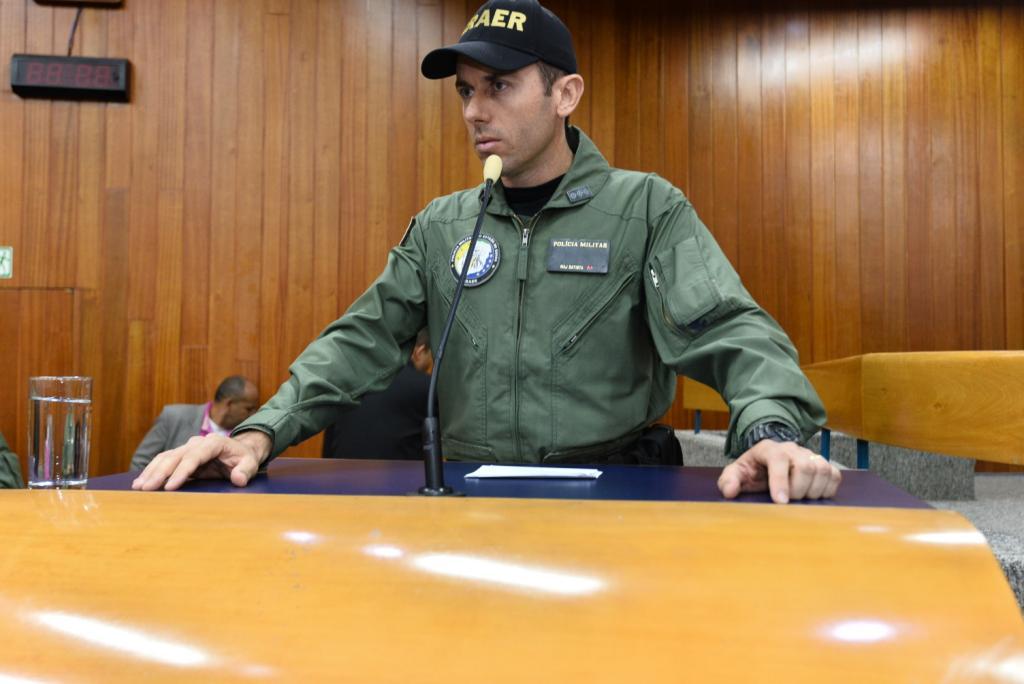 Policiais do GRAER são homenageados na Câmara Municipal de Goiânia. Foto: Antonio Silva.