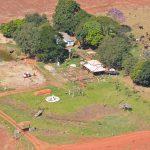 De longe, parece que de fato o helicóptero da PM está no local (Foto: Grupamento Aéreo da Polícia Militar/Cedida)
