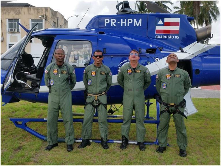 A aeronave Guardião 05 e a tripulação empregada no evento