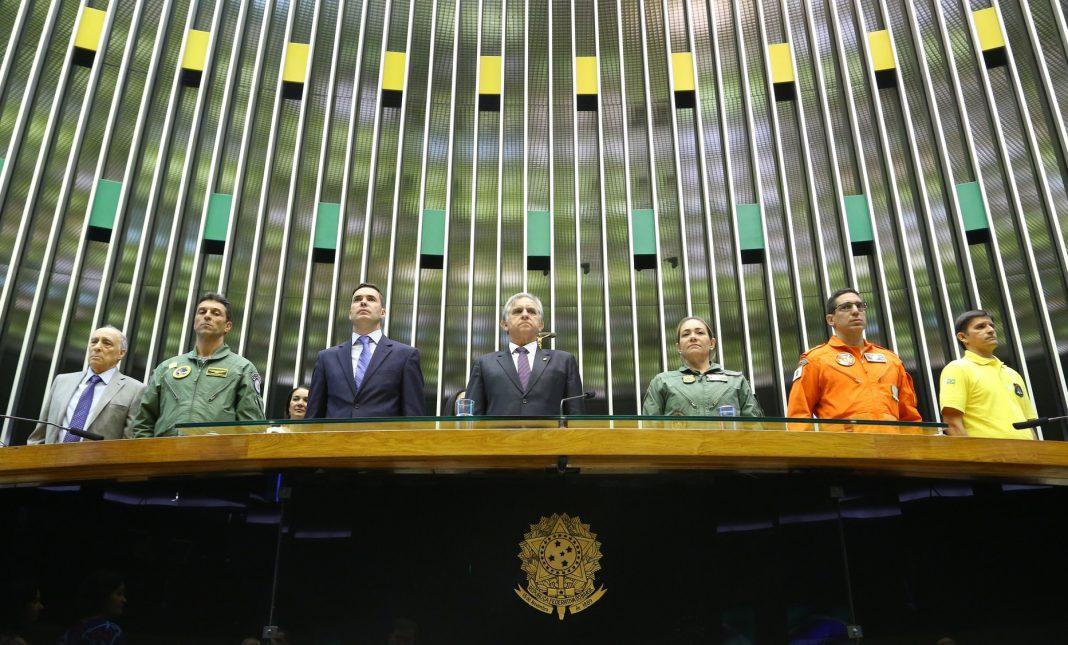Câmara dos Deputados realiza homenagem aos Pioneiros da Aviação de Segurança Pública do Brasil. Fotos: Izalci Lucas.