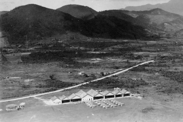 Escola de Aviação Militar no Campo dos Afonsos em 1919. Arquivo Musal/FAB.