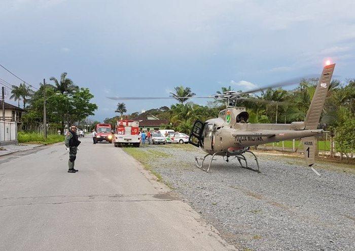 Helicóptero Águia 01 da 2ª Cia do BAPM de Joinville foi acionado para dois resgates no mesmo dia.