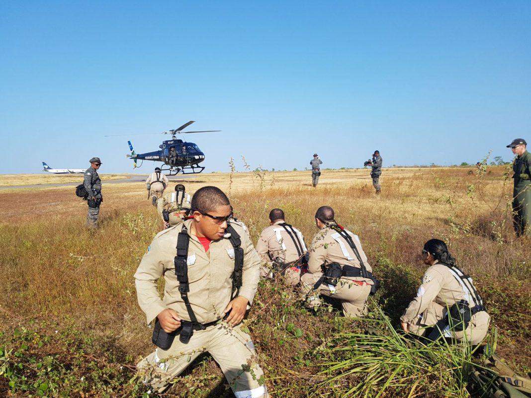 A equipe de instrutores do Curso Combate a Incêndio Florestal na Amazônia é formada por instrutores do CBM do Amapá e do Corpo de Bombeiros do Distrito Federal. Foto: CBM.