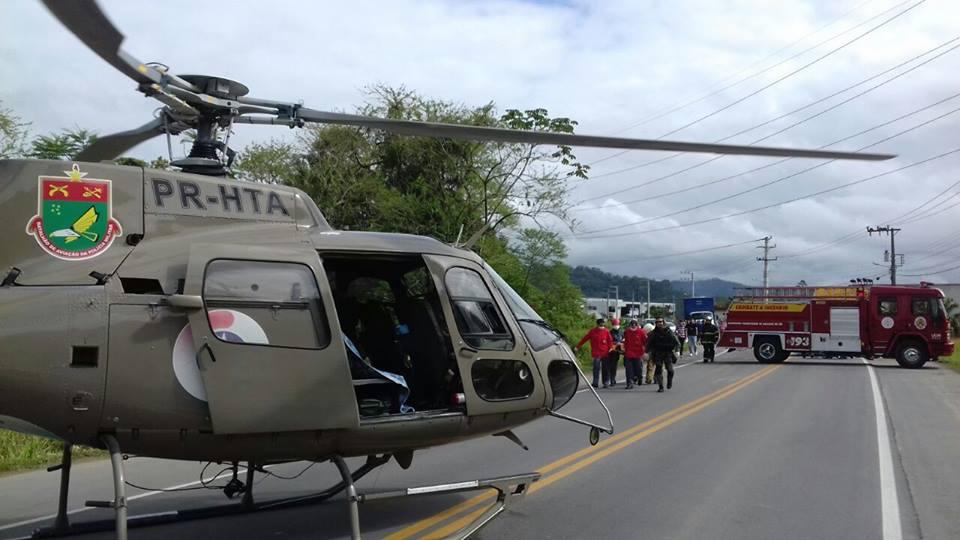 socorreram criança vítima de acidente automobilístico na SC 413 em Jaraguá do Sul.