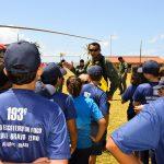 Escoteiros do Fogo conhecem aeronave do Grupamento de Operações Aéreas