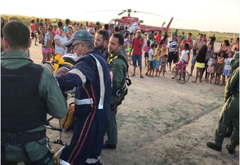 Por conta do quadro delicado, a equipe do Samu Aeromédico encaminhou o jovem para o HGE(Fotos: Ascom/SSP)