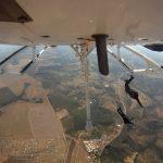 Pilotos do CPAer são capacitados para lançamento de paraquedistas