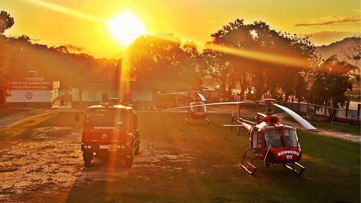 Helicópteros do GOA do Corpo de Bombeiros do Rio de Janeiro. Foto: Rammon Dias.