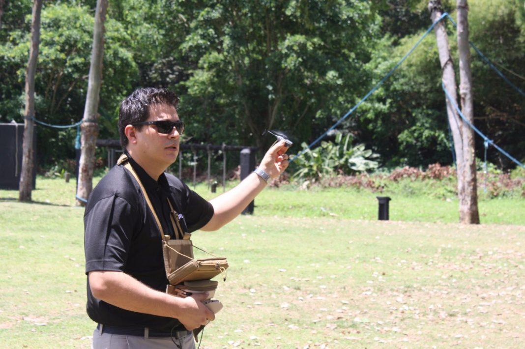 Demonstração do drone feita por Denis Cardoso da EMS Consultoria, representante oficial da FLIR no Brasil.