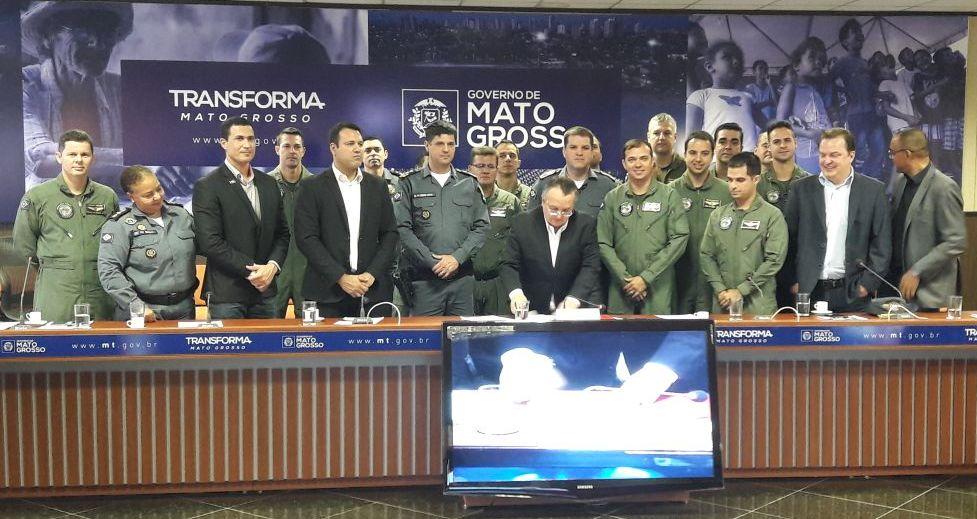 Governo do Mato Grosso publica lei que garante o pagamento dos valores de revalidação de habilitações e certificados para pilotos