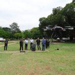 Cel Eduardo Beni, editor do site Piloto Policial e o Coordenador do Dronepol, Cel Rogério Vieira Peixoto acompanharam os testes realizados pela empresa Dahua. Foto: GCM/Dronepol.