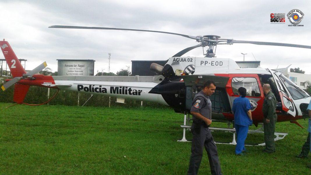 Helicóptero Águia da Polícia Militar realiza transporte de coração e pulmão para transplante na Capital Paulista. Foto: PMESP.