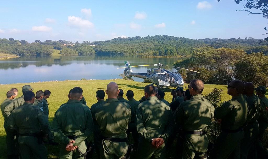 Batalhão de Operações Aéreas da PM do Paraná realiza treinamento de nivelamento das tripulações que irão trabalhar na Operação Verão