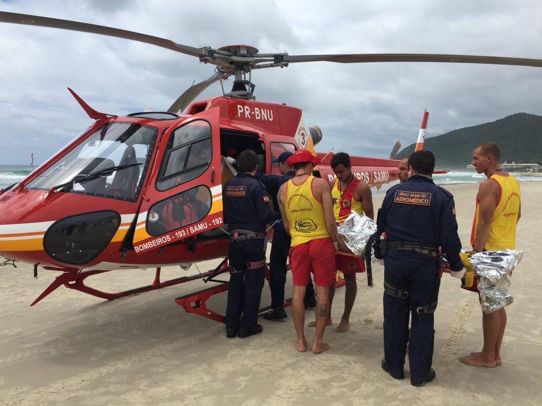 Em atendimento a paciente vítima de afogamento (grau 4), na praia do Santinho