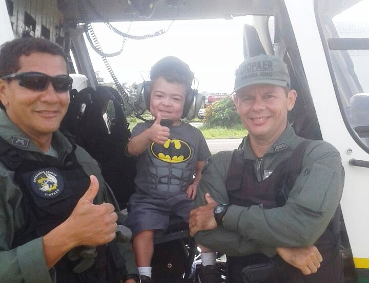 Policiais Militares, amigos do Davi!