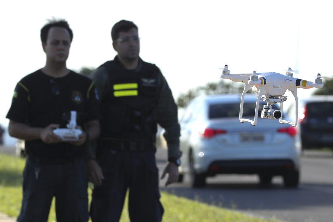 m fase de testes, drones do Detran-DF identificaram 382 infrações. Foto: Toninho Tavares/Agência Brasília