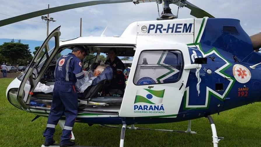 Helicóptero do SAMU/PR transporta vítima em Quatro Pontes Foto: Assessoria