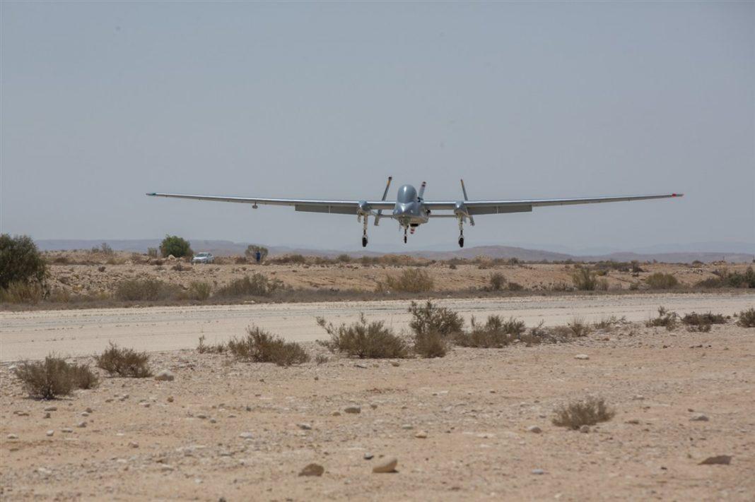 Heron TP- decolagem e aterrissagem automáticas. (Crédito: IAI)