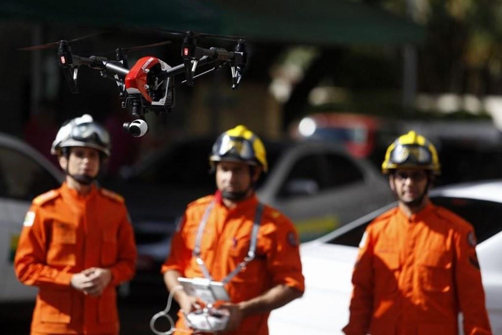 Corpo de Bombeiros do DF utiliza drone para inspecionar focos do mosquito da dengue no Hotel Torre Palace