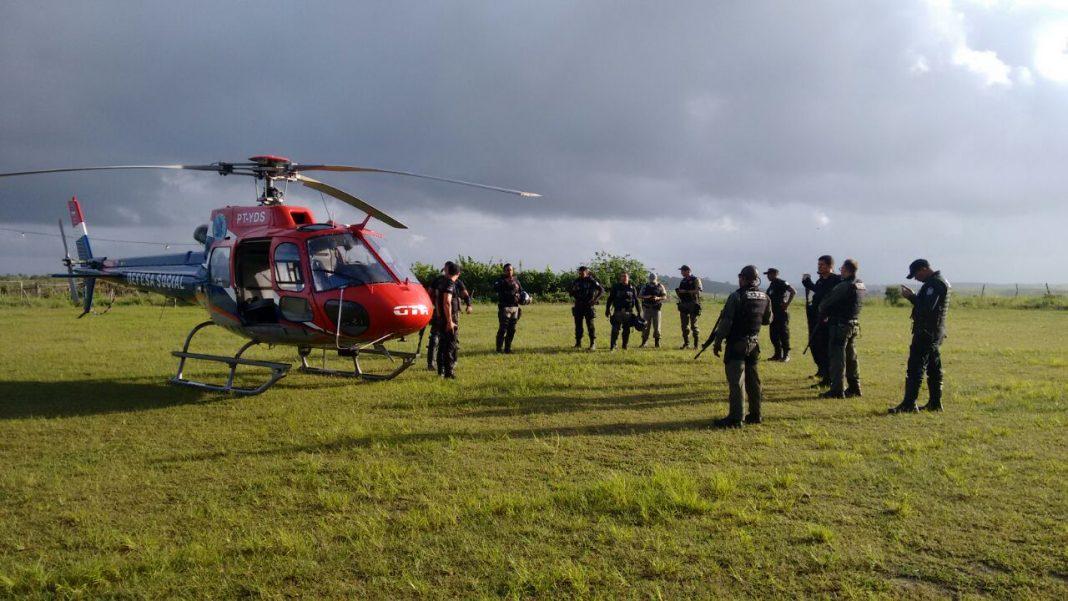 Grupamento Tático Aéreo de Pernambuco participa de operação policial em São Lourenço da Mata.