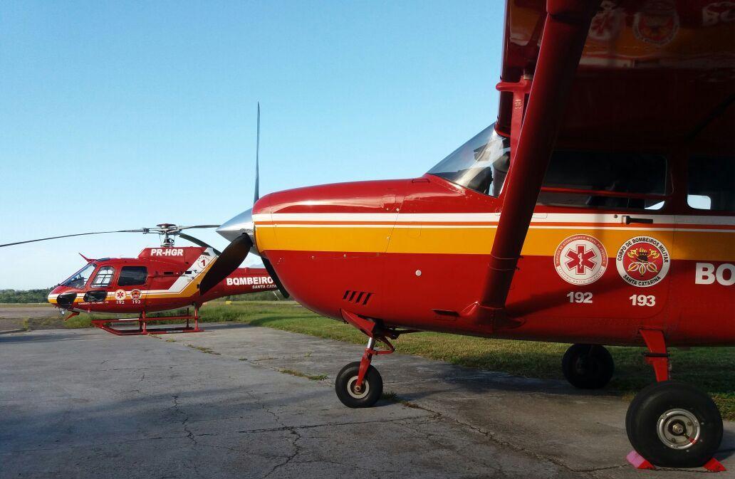 Avião e helicóptero do BOA. Foto: Eduardo Beni.