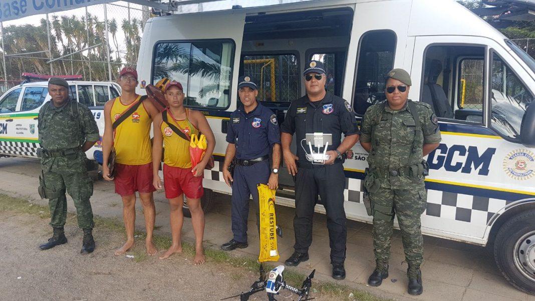 Equipe da GCM e guarda-vidas do Corpo de Bombeiros. Foto: Divulgação.