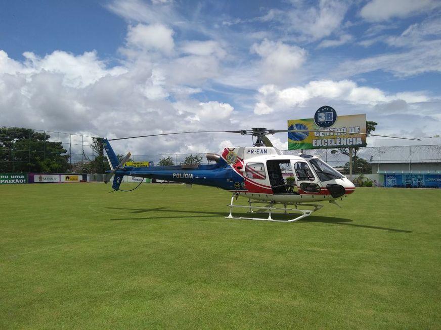Na imagem percebe-se perda de massa na ponta da pá inferiro do rotor de cauda do helicóptero. Foto: Divulgação.